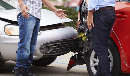 Kfz-Haftpflicht springt bei Unfällen ein