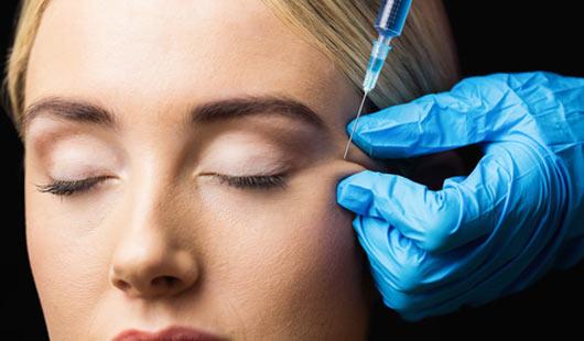 Top-Eingriff bei Schönheits-OPs: Botox spritzen
