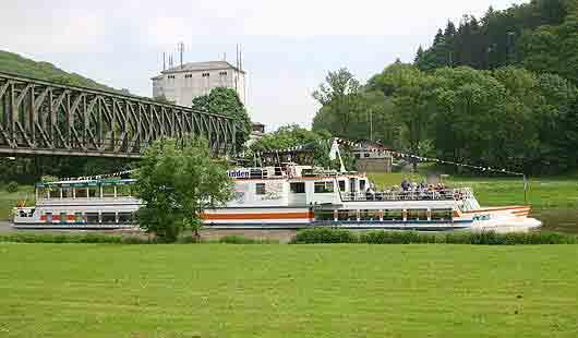 Anleger für Ausflugsfahrten auf der Weser in Bodenwerder