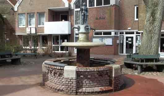 Der Brunnen in der Stadt in Esens