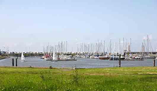 Cuxhaven hat einen Seglehafen für Segelschiffe
