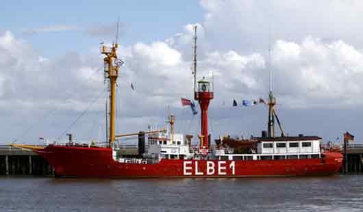 Mündung der Elbe in Cuxhaven mit dem Feuerschiff Elbe 1