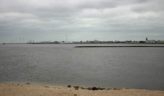 Flussmündung der Elbe bei Cuxhaven im Elbe-Weser-Dreieck