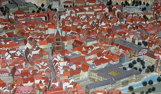 Hannover - historisches Stadtmodell im Rathaus