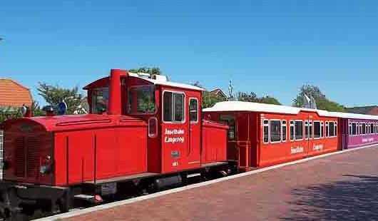 Inselbahn auf Langeoog - Foto von G. Dehne