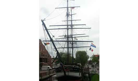 Schiff in Papenburg