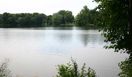 Schwarzer See im Stadtpark Garbsen