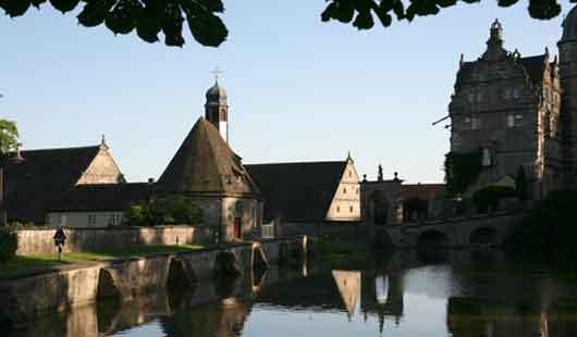 Sehenswürdigkeit - Schloss Hämelschenburg im Weserbergland