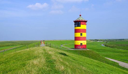 Leuchtturm in Pilsum Ostfriesland - Wahrzeichen von Niedersachsen