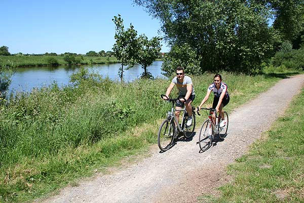 Radwandern an der Mittelweser