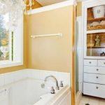 Ratgeber: seniorengerechte Badewanne mit Tür