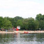 Der Badesee Silbersee liegt mitten in der Stadt