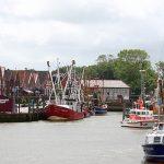 Hafen von Neuharlingersiel in Ostfriesland